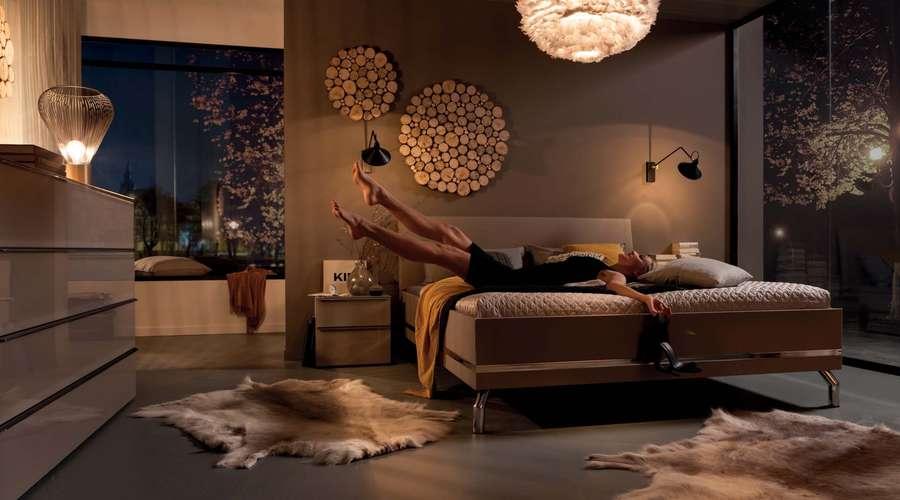 Schlafzimmer Drehturenschrank