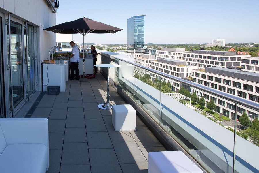 Eventlocation München Schwabing rooftop Dachterrassepräsentiert von: FUNK Catering Partyservice Even-Catering, Messe-Catering, Business-Catering in München  in der Region …  München